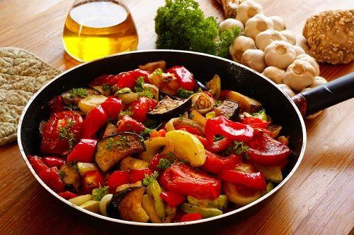 Caponata de légumes au thym