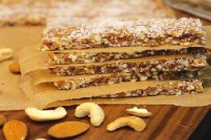Barres énergétiques amandes, noix et pistaches