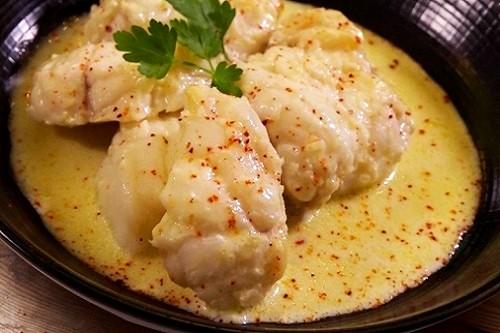 Queues de lotte sauce citron vert, curry gingembre