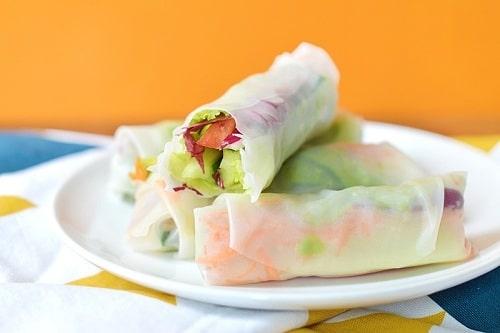 Read more about the article Rouleaux de printemps tofu avocat et petits légumes