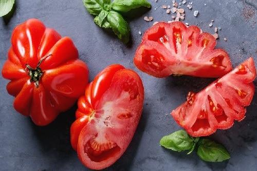 Read more about the article Salade de tomate cœur de bœuf